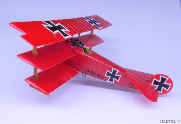 Hävittäjälentokone